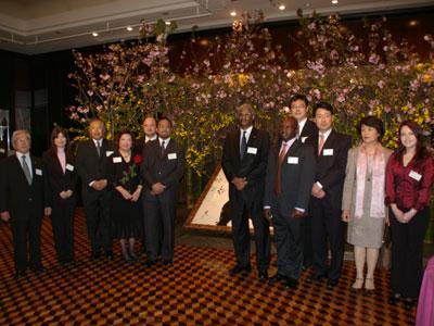 JFTDが初のフラワーサミット。各国の大使・大使館関係者らを招き交流