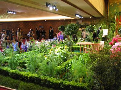 アメリカ「ホワイトハウスのキッチン・ガーデン」で、典型的なアメリカの庭を紹介