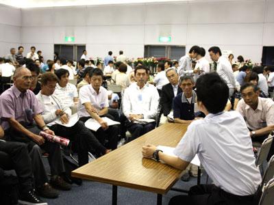 大田花き薔薇会議でのテーマ別討論会で活発に意見交換