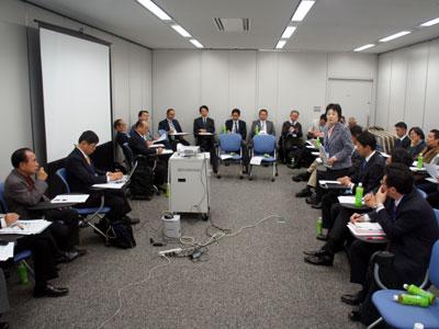 「屋内緑化推進協議会」設立へ検討会